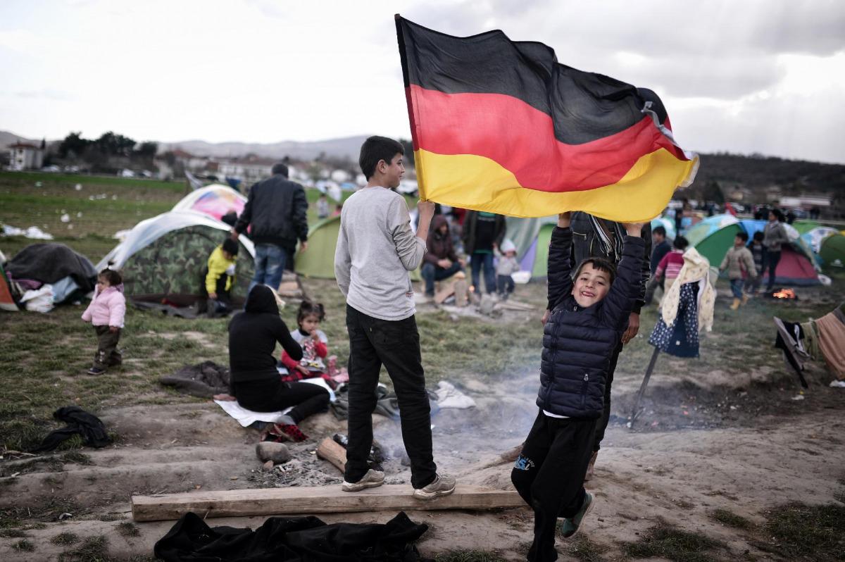596575bc8e A német olvasók többsége is a terrorveszély és a migráció növekedésére  számít - Hír TV