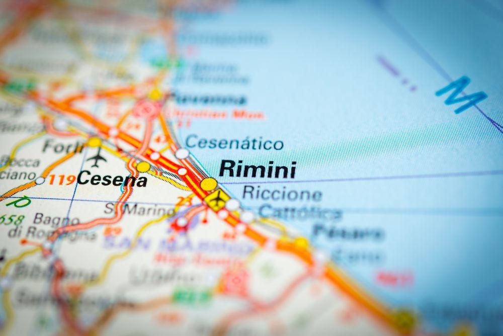 Egy gyermeket és négy nőt késelt meg egy szomáliai migráns Riminiben